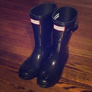 Authentic Hunter Black Short Gloss Rain Boots